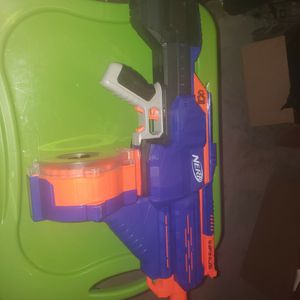 Nerf Infinus W/Magazine And Darts for Sale in Grain Valley, MO