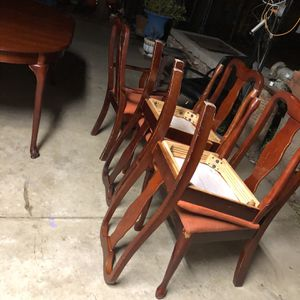 Dinning Table $80 for Sale in Selma, CA