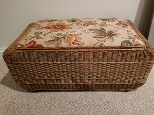 European storage trunk with weaving for Sale in Gainesville, VA