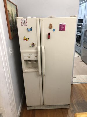 Refrigerator working condition for Sale in Miami, FL