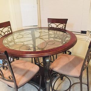 Dining Table for Sale in Laurel, MD