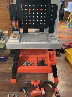 Black & Decker Play Work Bench for Sale in Normandy Park,  WA