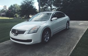 new nissan altima 2008 low price for Sale in Windsor, ON