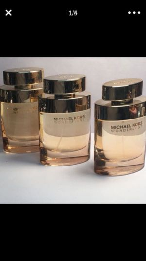 Michael Kors Wonderlust 100ml 3.4 oz big bottle women's perfume for Sale in San Bernardino, CA