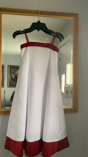 Davids bridal little girls formal dress for Sale in Washington, DC