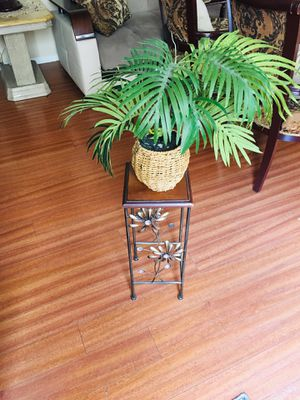 Home decoration for Sale in Burbank, CA