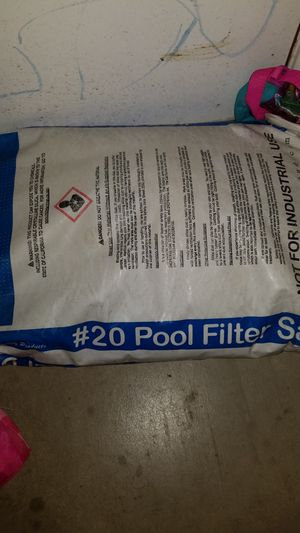 #20 pool filter sand for Sale in Manteca, CA