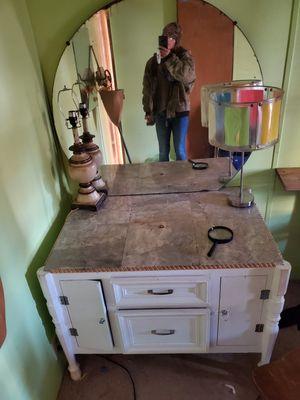 Vanity desk for Sale in Monroe, LA
