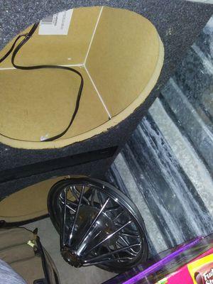 "Brand new 15"" Q Powered car audio speaker Box for Sale in Austin, TX"