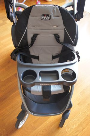 Chicco BravoFor2 Standing/Sitting Double Stroller for Sale in Brookline, MA
