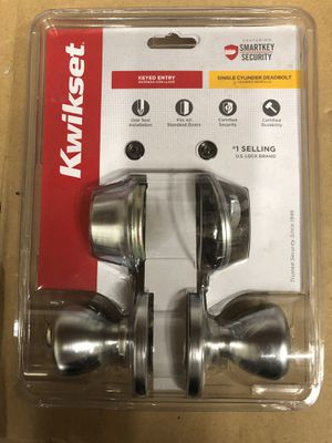 🇺🇸💥 Kwikset Tylo Satin Chrome Keyed Entry Door Knob and Single Cylinder Deadbolt Combo Pack Featu for Sale in Los Angeles, CA