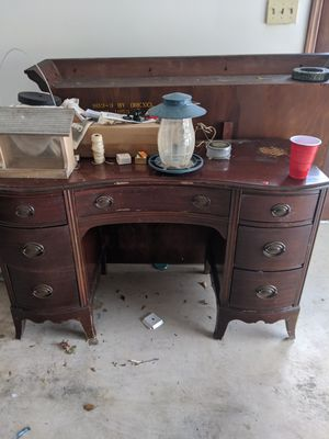 Antique Desk & Mirror (needs a little TLC but really nice and solid) for Sale in Decatur, GA