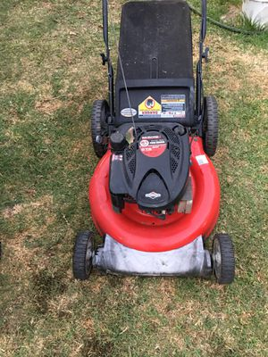 21 in. 140 cc OHV Briggs and Stratton Walk Behind Gas Push lawn Mower for Sale in Santa Ana, CA