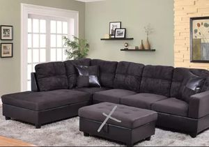 Sectional and ottoman for Sale in Auburn, WA