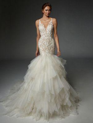 Enzoani Rachelle Wedding Dress! for Sale in Pittsburgh, PA