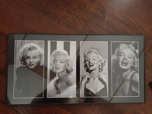 Marilyn Monroe pic framed for Sale in Tampa, FL