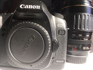 Canon 5D Mark II 21MP Full Frame with 100-300mm Ultrasonic Macro Lens for Sale in Buffalo, NY
