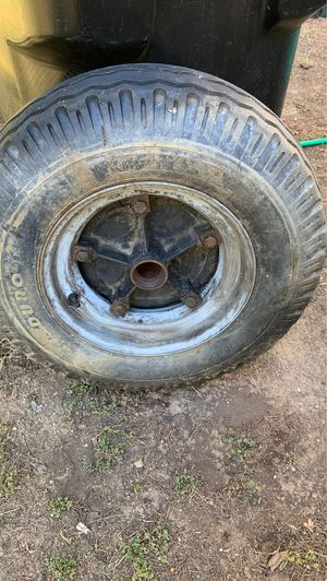 Tire rim and wheel for heavy trailer for Sale in Altadena, CA