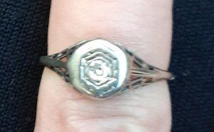 14k white gold diamond ring size 6 for Sale in Modesto, CA