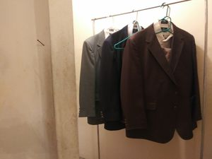 Men's suits for Sale in St. Louis, MO