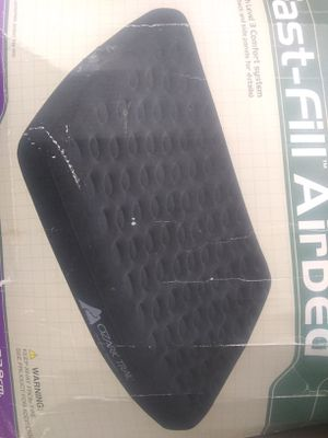 Ozark trail inflatable mattress queen$34.99 OBO for Sale in Riverview, FL