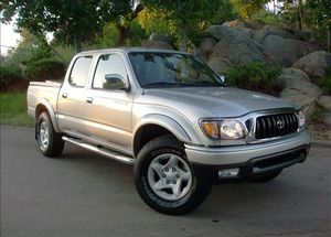 On Saleee 2004 Toyota Tacoma PreRunner 4WDWheels Clean! for Sale in Inglewood, CA