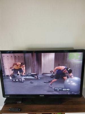 50in lcd tv for Sale in Clovis, CA