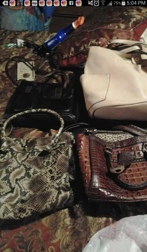 Purses new ones 5 and used 4 for Sale in Cottonport, LA