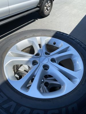 "Rims Dodge Durango 18"" firm price precio fijo for Sale in Bloomington, CA"