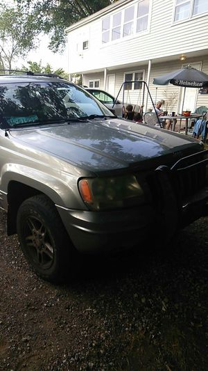 99 Jeep Grand Cherokee limited V8 for Sale in Southington, CT