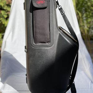 SKB Alto Saxophone Case for Sale in San Diego, CA