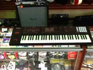Roland FA06 Keyboard for Sale in Irving, TX