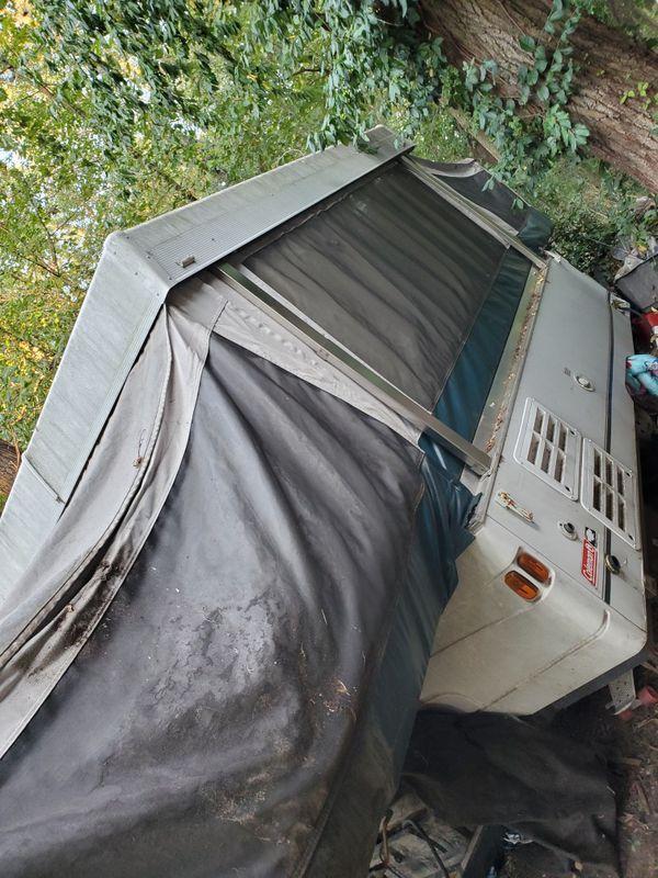 Pop up camper