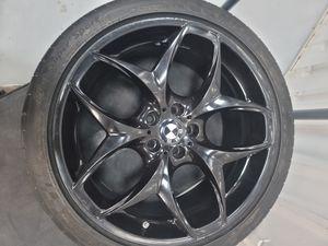 Oem 21 bmw rims n tires x5 x6 for Sale in Philadelphia, PA
