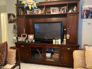 TV cabinet for Sale in Lake Worth, FL