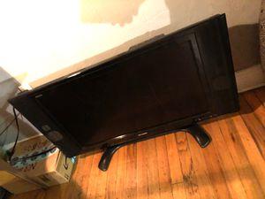 32 inch sharp tv no remote 100$ for Sale in Miami, FL
