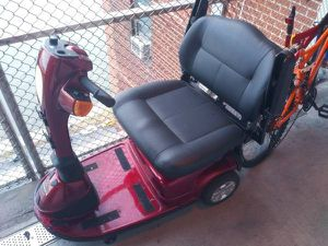 Paid $3200/come test drive/ only needs a plastic throttle bar/fully charged for Sale in New York, NY