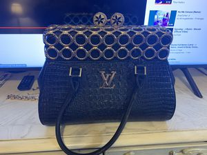 Louis Vuitton Lx Limited edition real for Sale in Miami, FL