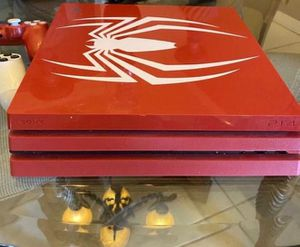 RedSpider Ps4pro with two controller and headphone for Sale in Miami, FL