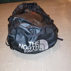 Xl North Face Duffle bag/backpack for Sale in Portland, OR