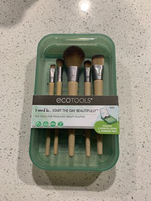 Ecotools 5pc makeup brush set for Sale in Everett, WA