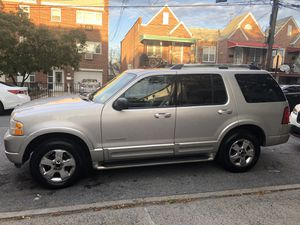2005 Ford Explorer Limited Bronx ny for Sale in The Bronx, NY