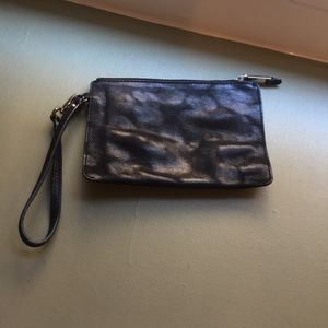 """Cole Haan Zip Wristlet 8"""" - like new! (Tribeca Manhattan) for Sale in New York, NY"""