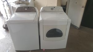 Whirlpool washer & Maytag steam dryer for Sale in Lewisville, TX