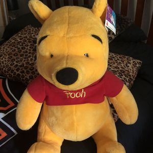 Large Disney Pooh And Tigger Plush for Sale in Mooresville, IN