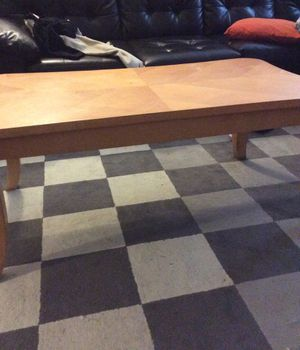 Coffee table for Sale in Philadelphia, PA