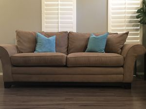 Sofa and loveseat in excellent condition. Super clean! You must be able to pick these up as we cannot deliver. for Sale in Highland, CA