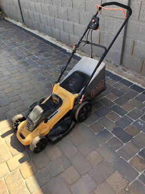Black & Decker lawn mower for Sale in Peoria, AZ