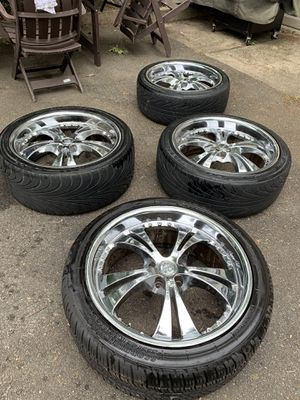 """22"""" Armano Chrome Rims and Tires for Sale in Hackensack, NJ"""