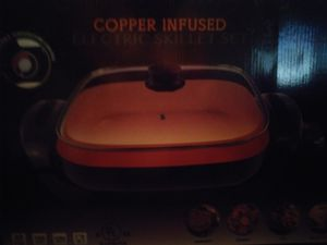 2 sets of Copper Cookware Pots Skillet and Wok and Pans 10$ each for Sale in Las Vegas, NV